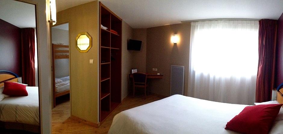 Chambre familiale hôtel***