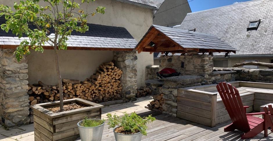 Barbecue Les 2 Calèches - Ancizan